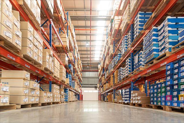 自社倉庫と賃貸倉庫ってどちらがいい?それぞれのメリットとは何か